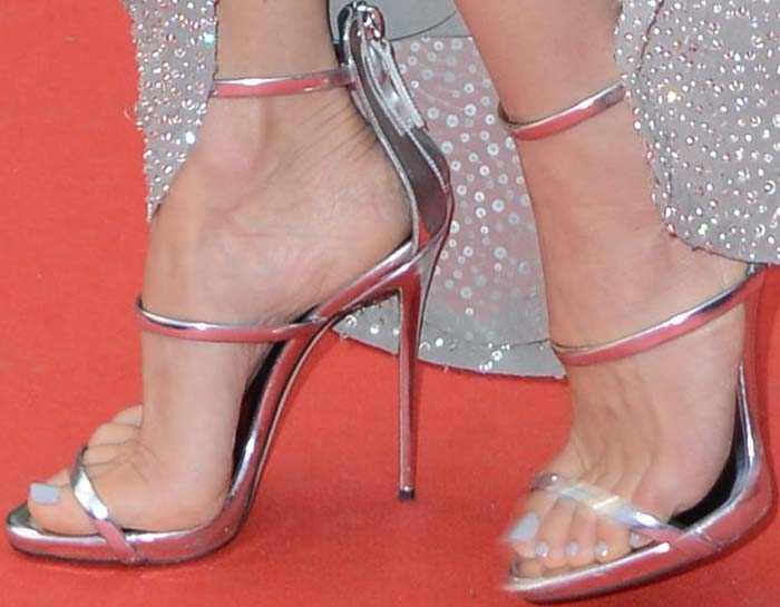 Naomi Watts Cannes Money Monster Giuseppe Zanotti 3