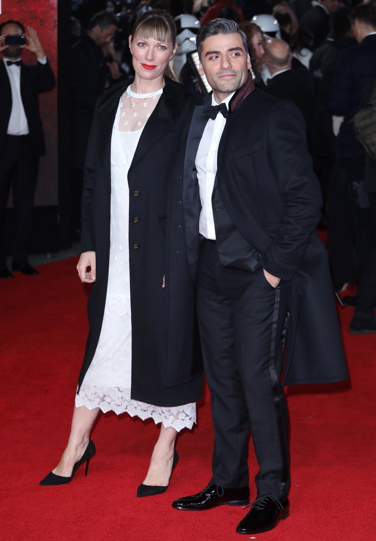Oscar Isaac and his wife Elvira Lind attend the European Premiere of 'Star Wars: The Last Jedi'