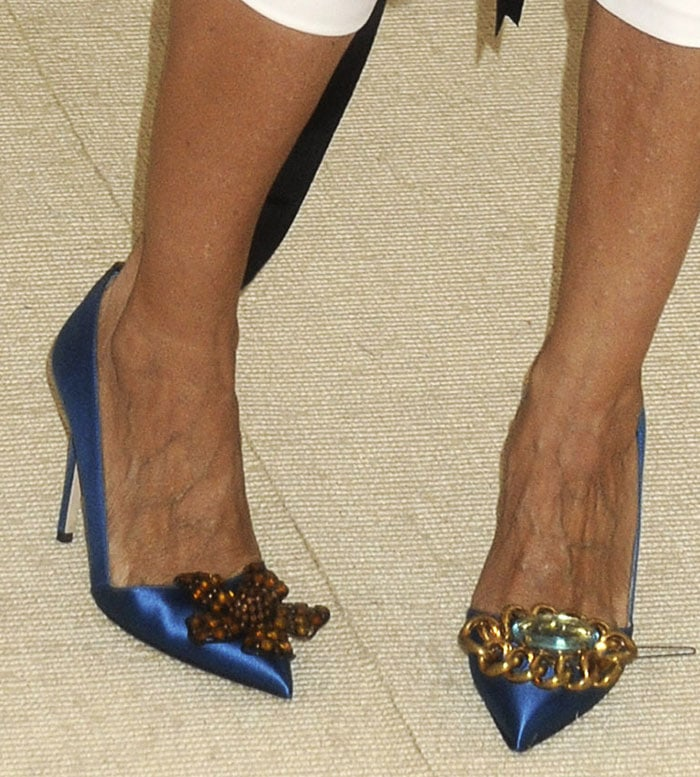 Sarah Jessica Parker showing off her feet in Rampling pumps