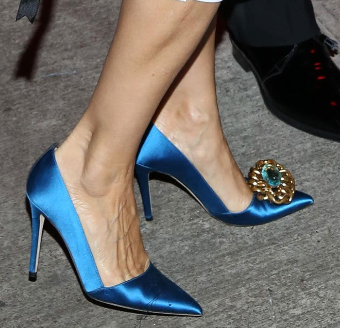 Sarah Jessica Parker in blue satin SJP pumps