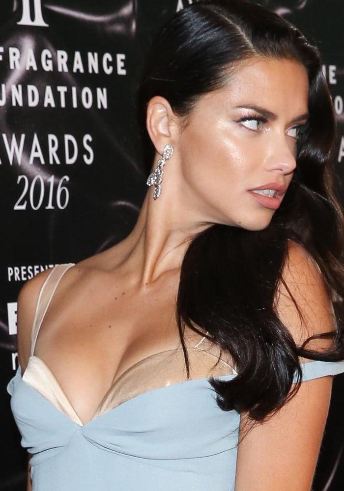 Adriana Lima Fragrance Foundation Roger Vivier 1