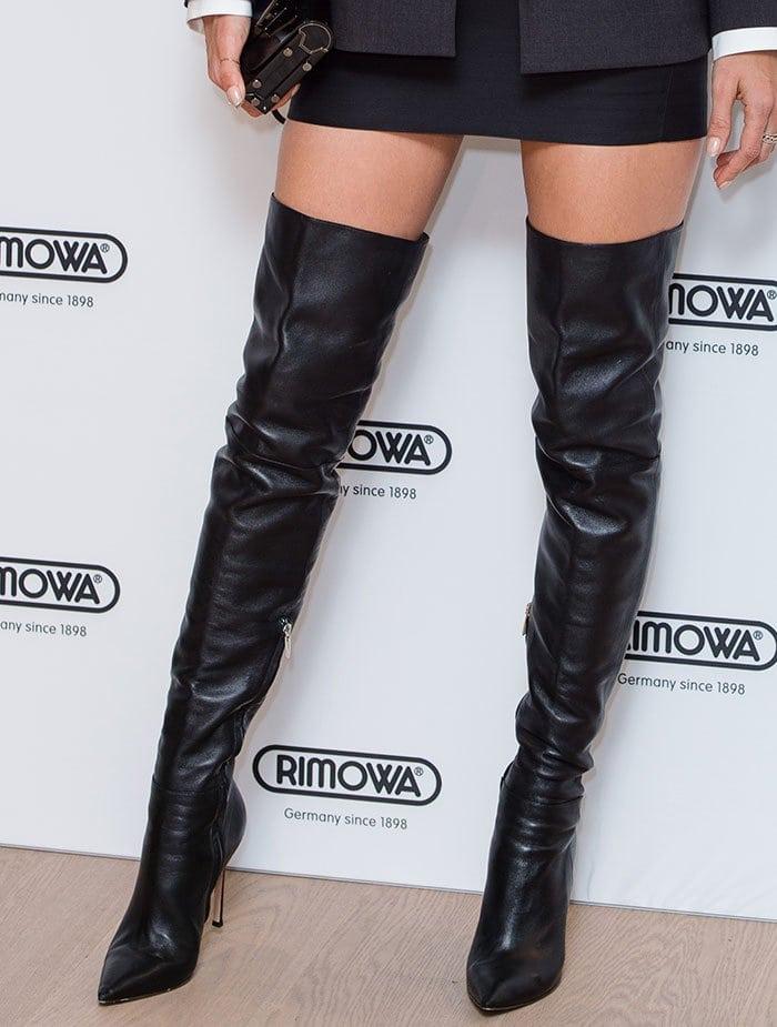 Alessandra Ambrosio in Gianvito Rossi boots