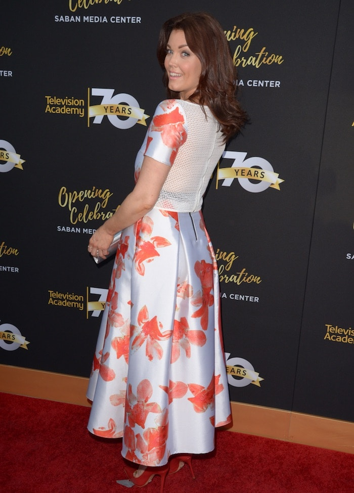 Bellamy Young3 tv academy 70th