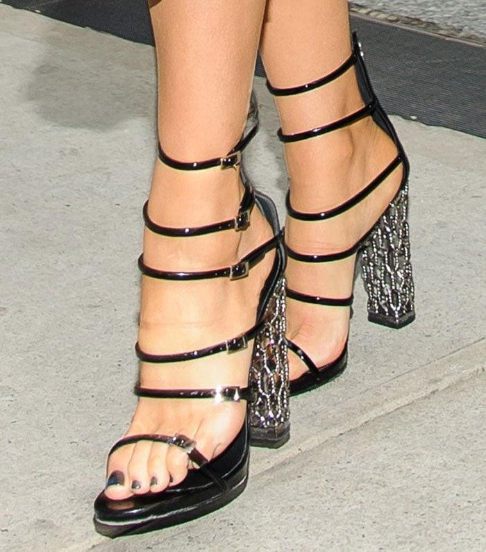 Blake-Lively-Giuseppe-Zanotti-Lauren-Strappy-Sandals