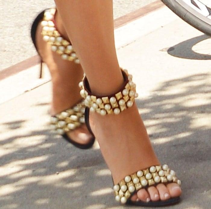 Louboutin loyalist: Blake slips into yet another pair of Christian Louboutin heels