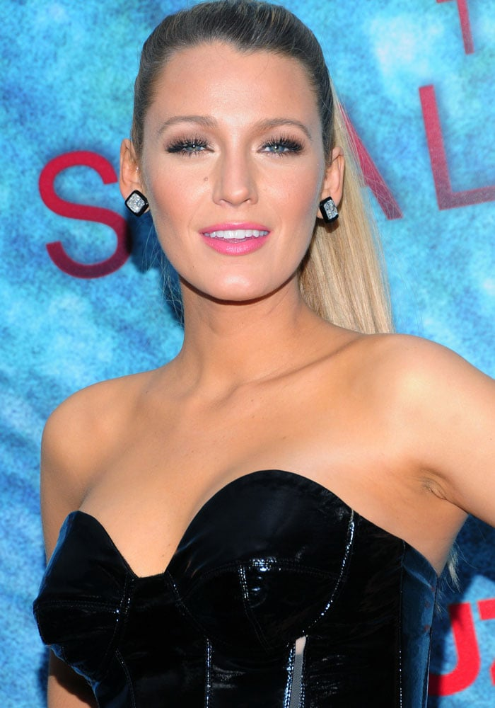 Blake Lively wearing the same Lorraine Schwartz earrings that Beyoncé wore to her iconic surprise appearance at the 2016 CFDA