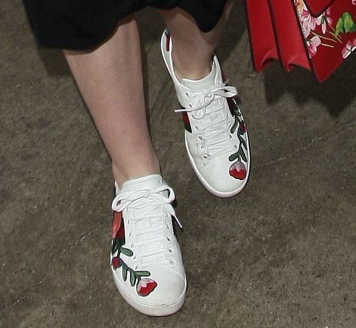 Elle Fanning LAX shoes2