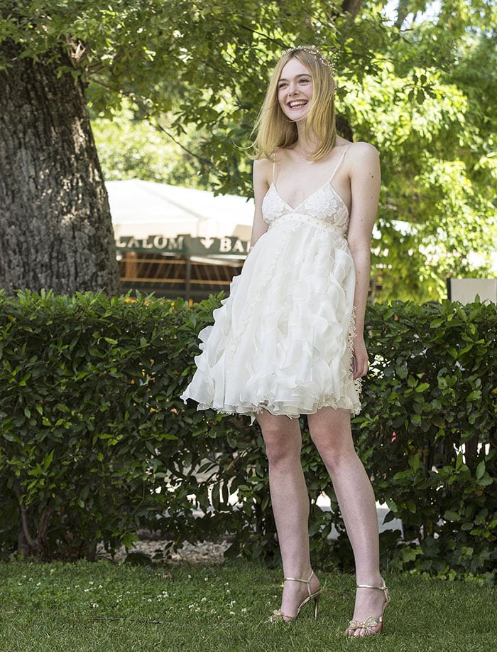 Elle-Fanning-The-Neon-Demon-Rome-Photocall