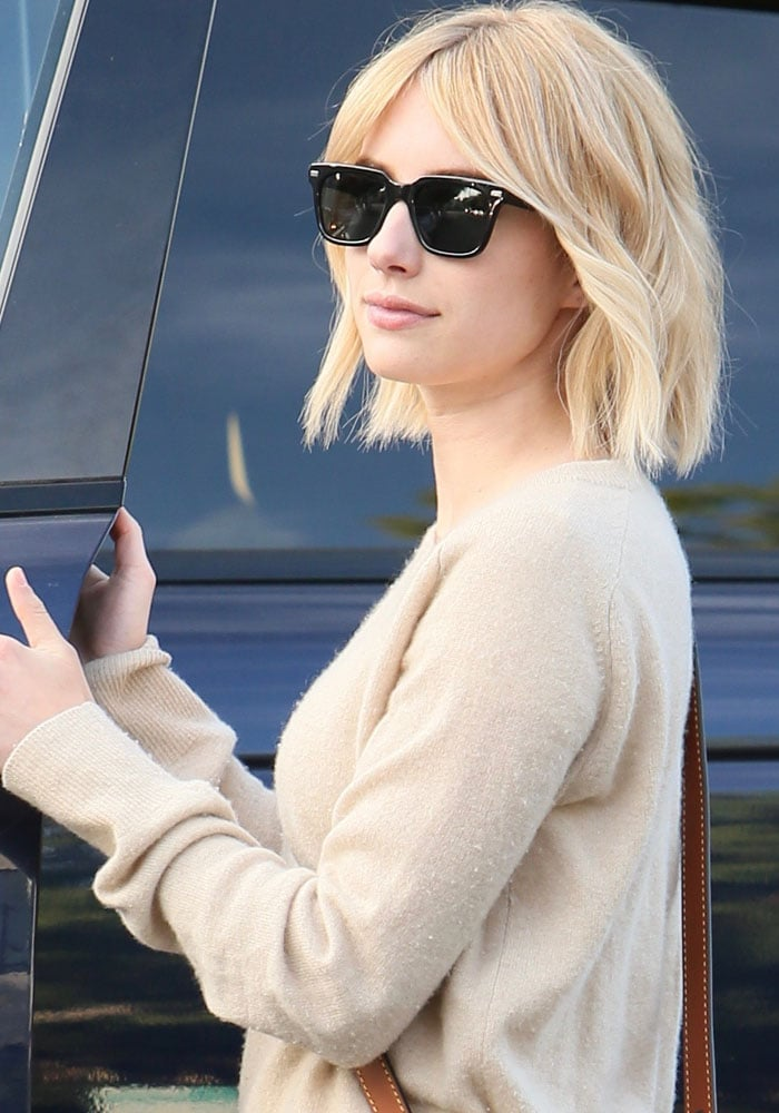 Emma Roberts leaving Nine Zero One Salon with a fresh cut in West Hollywood on June 11, 2016