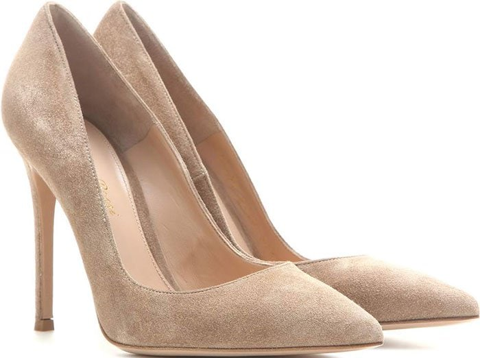 Gianvito-Rossi-Bisque-Suede-Pumps