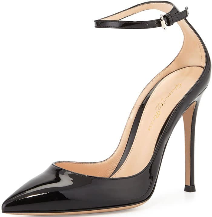 Gianvito Rossi Low Cut Pumps Black 1
