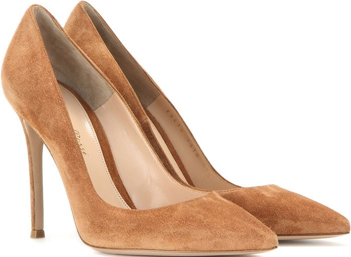 Gianvito-Rossi-Suede-Pumps