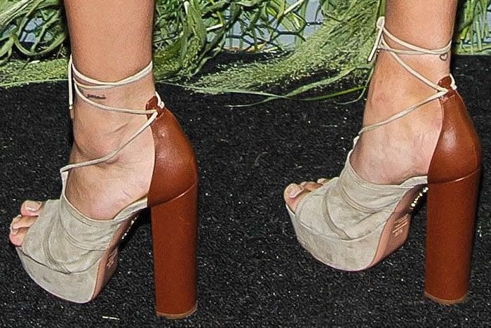 Hailey Baldwin Aquazzura Very Eugenie sandals 1