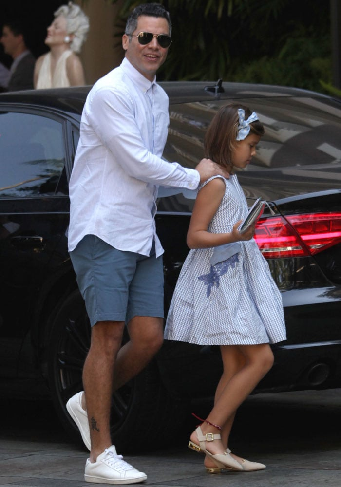 Jessica Alba, husband Cash Warren and their two daughters, Honor and Haven, go out for Father's Day brunch at the Four Season Hotel