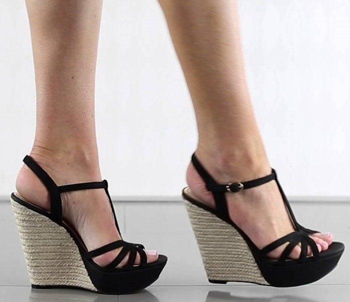 Jessica Simpson Bevin Model Black