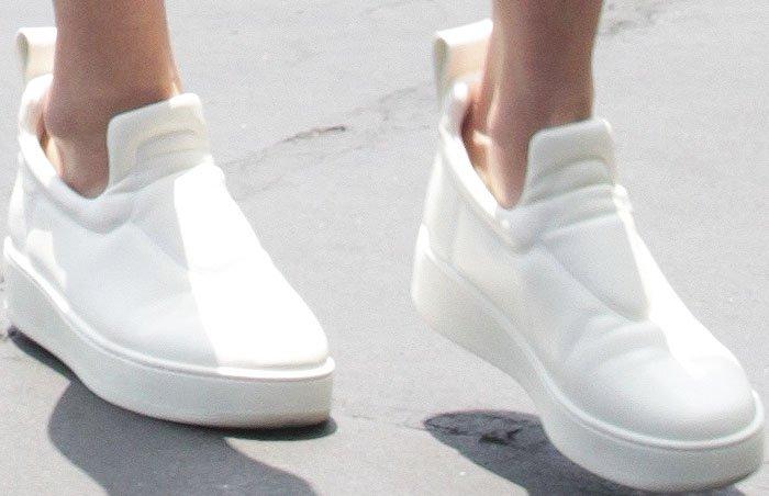Kendall Jenner Gigi Hadid Adidas Chloe Sneakers 5