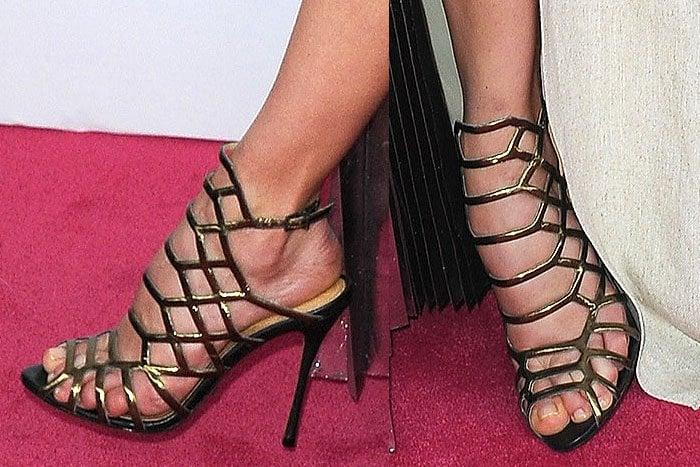 "Michelle Monaghan wearingSchutz ""Juliana"" cage sandals"