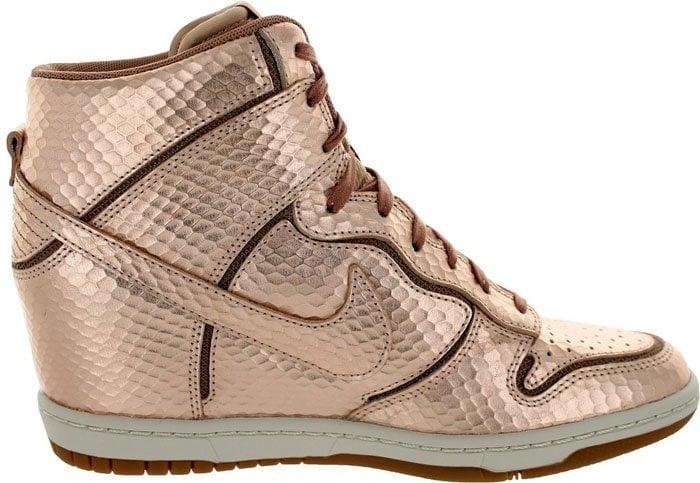 Nike Dunk Sky Hi Bronze 3