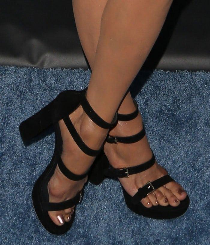 Nina Dobrev Fierce In Stuart Weitzman Fourbucks Sandals