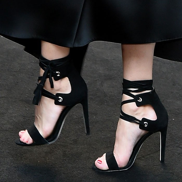 Olivia-Palermo-Rebecca-Minkoff-sandals