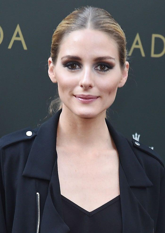 Olivia-Palermo-ponytail-smoky-eyes