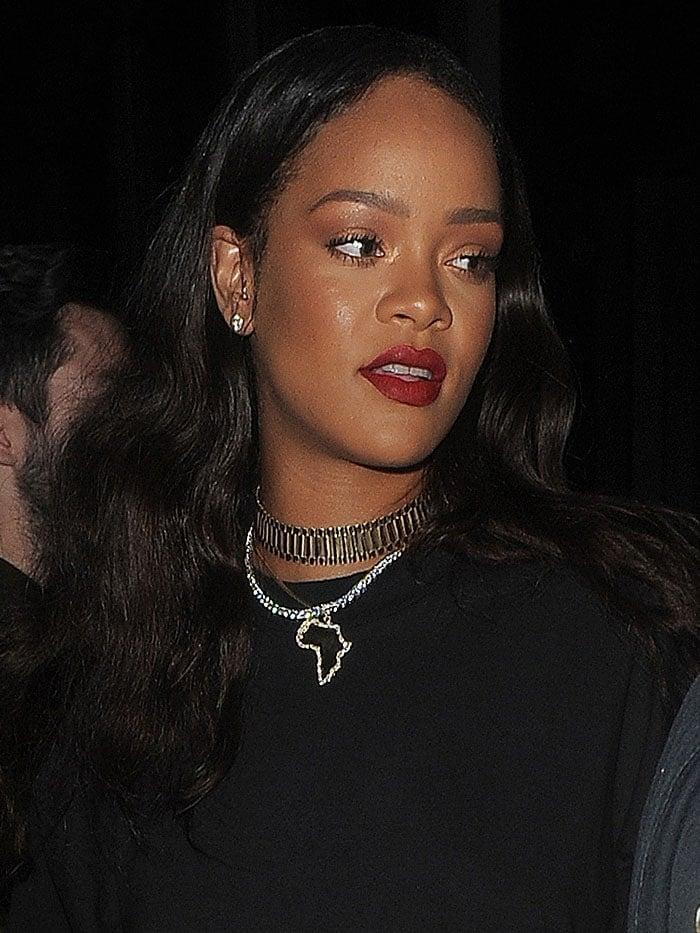 Rihanna black fur velvet boots 5