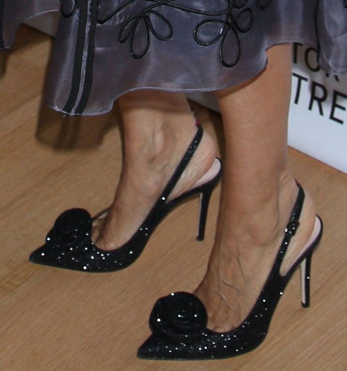 Sarah-Jessica-Parker-glittery-slingback-pumps