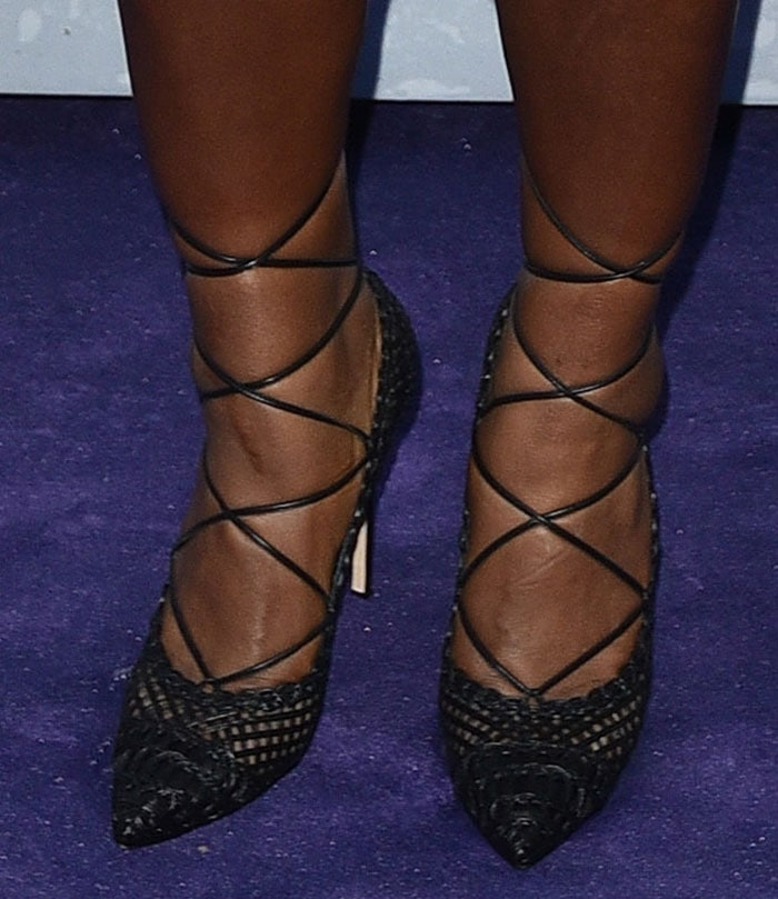 Serena-Williams-lace-up-pumps