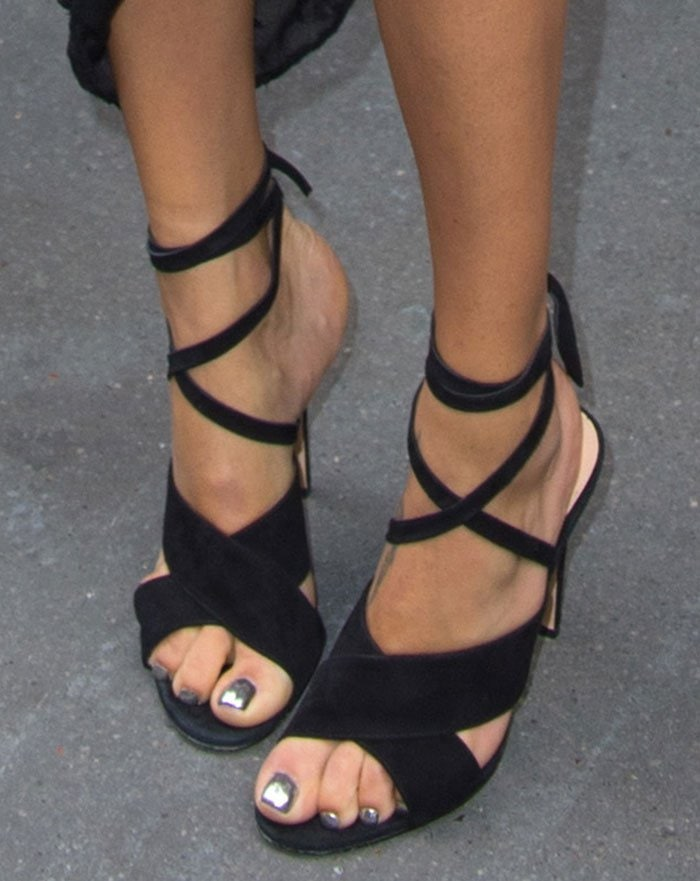 Adriana-Lima-crisscross-ankle-tie-sandals