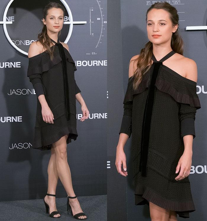 Alicia-Vikander-Proenza-Schouler-Off-The-Shoulder-Ruffle-Dress