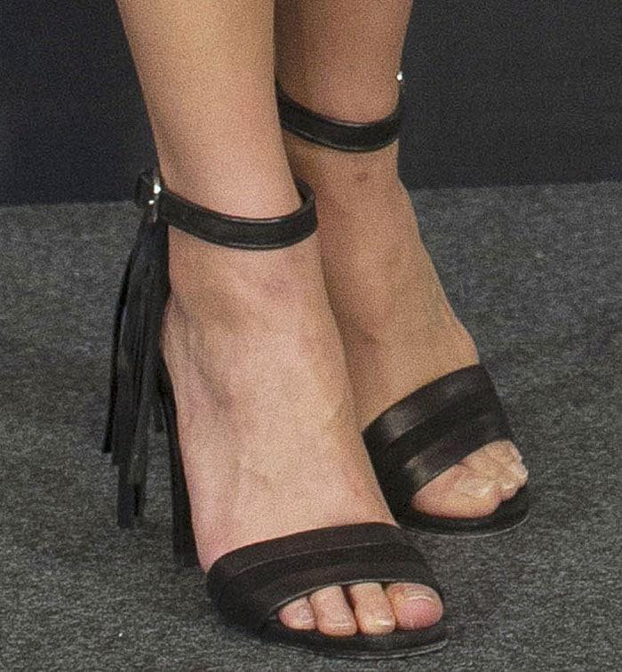 Alicia-Vikander-black-tassel-sandals