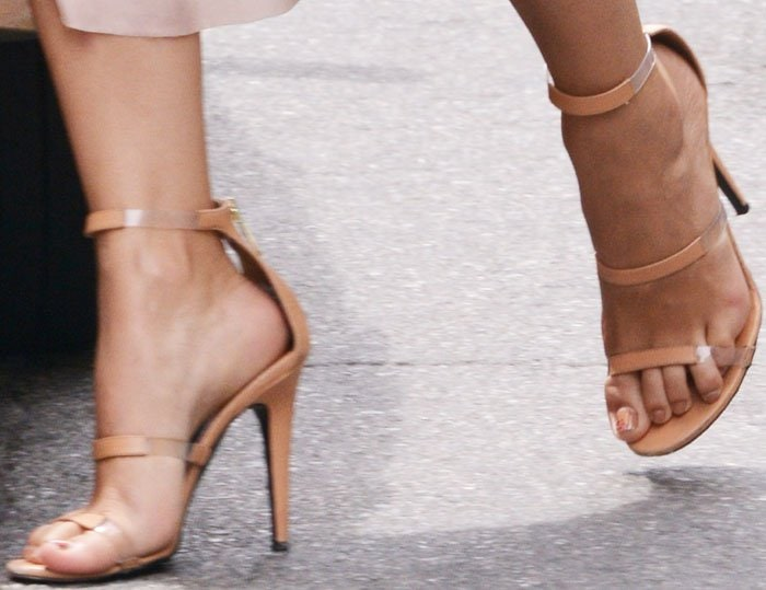 Camila Alves shows off her feet in Tamara Mellon Frontline sandals