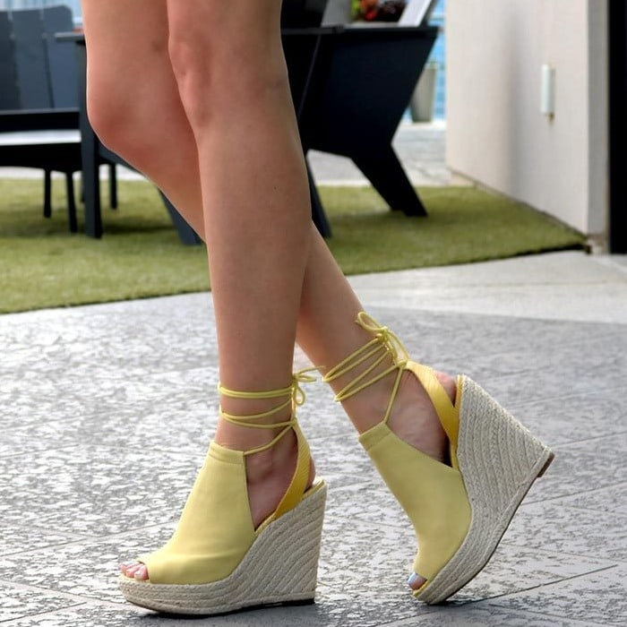 GUESS Orristi Yellow Wedges