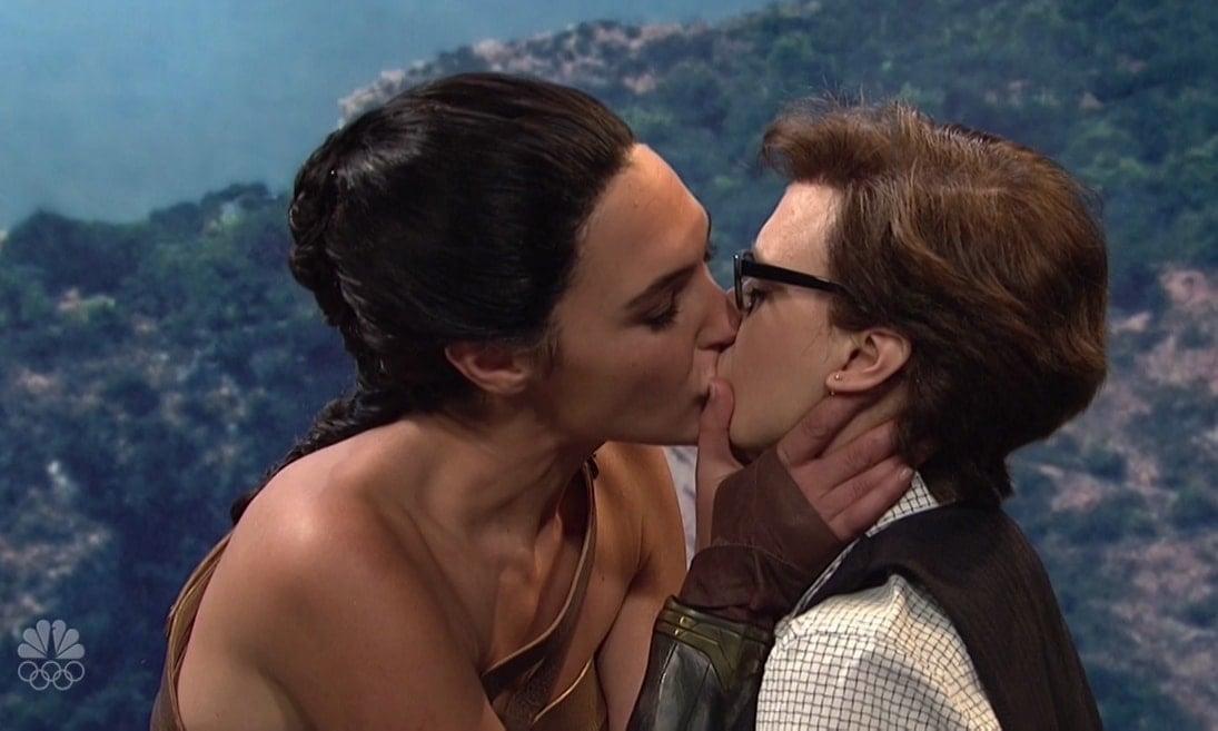 Gal Gadot kisses modern-day lesbian Kate McKinnon on Themyscira, the Amazonian home island of Wonder Woman