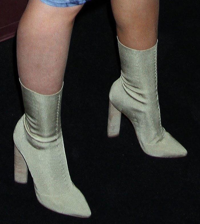 Iggy-Azalea-Yeezy-Beige-Knit-Boots