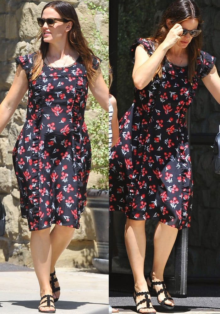 Jennifer Garner Violet Church Alaia 2