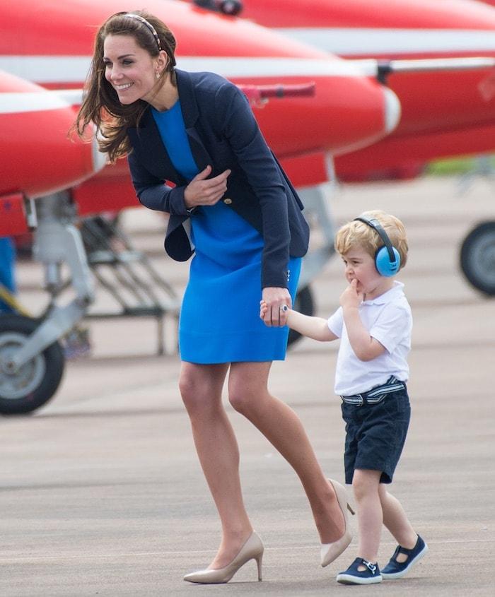 Kate Middleton International Air Tattoo4