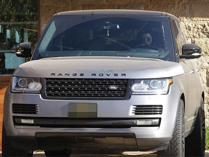 Kendall Jenner vinyl steel Range Rover