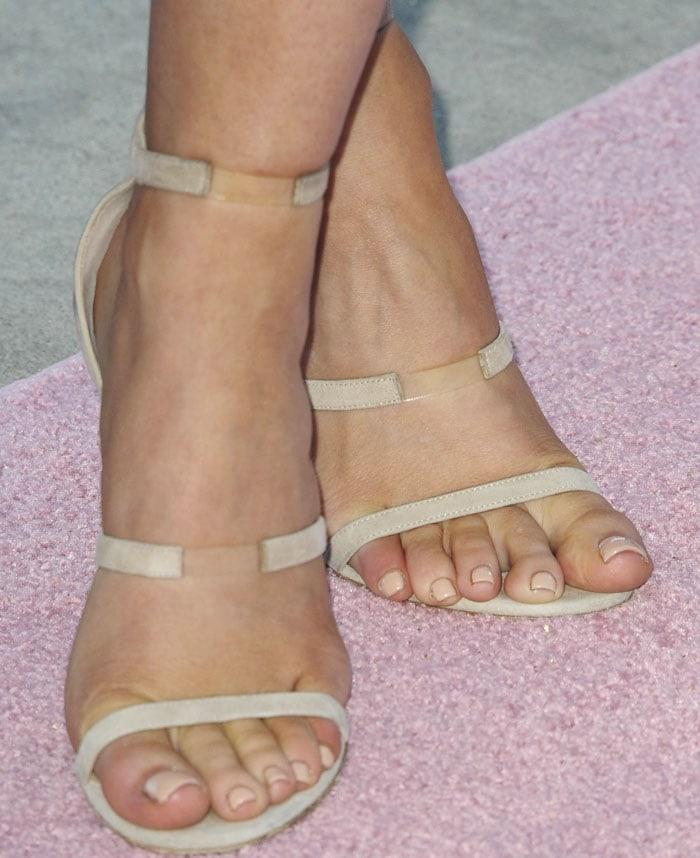 Kylie Jenner PrettyLittleThing Tamara Mellon 3