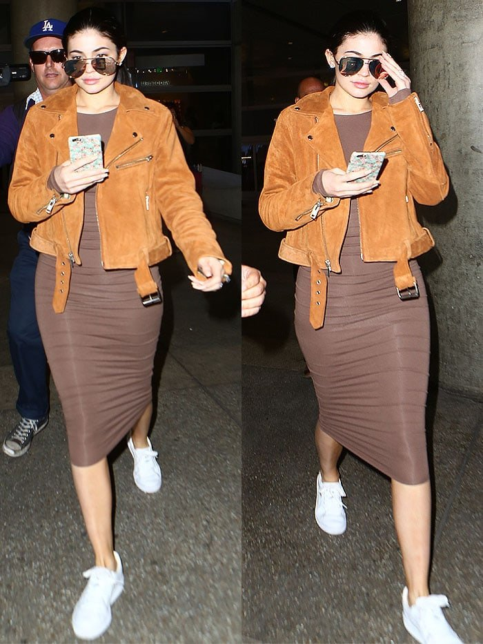 Kylie Jenner diamond ring LAX