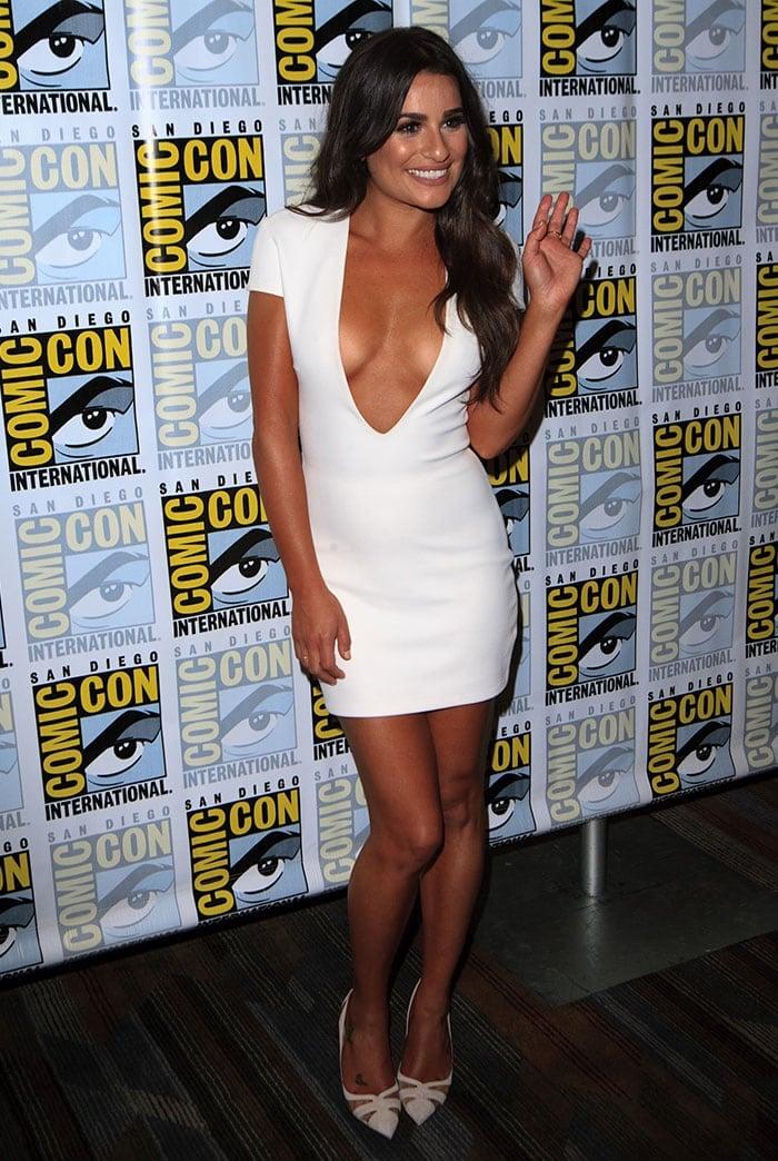 Lea Michele Flaunts Sexy Legs In Liz Pumps At Comic Con
