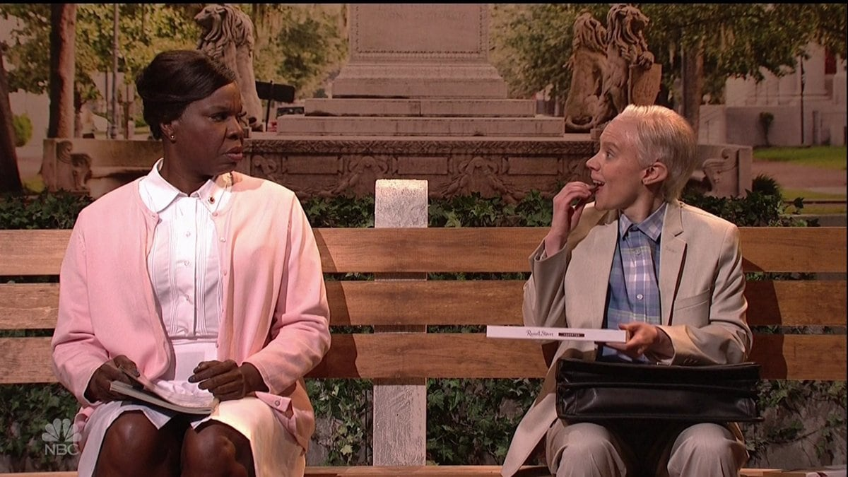 Attorney General Jeff Sessions (Kate McKinnon) chats with a stranger (Leslie Jones) at a bus stop in an SNL skit