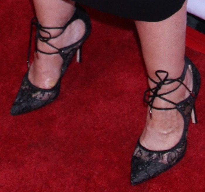 Melissa McCarthy Gilda Radner Awards shoes
