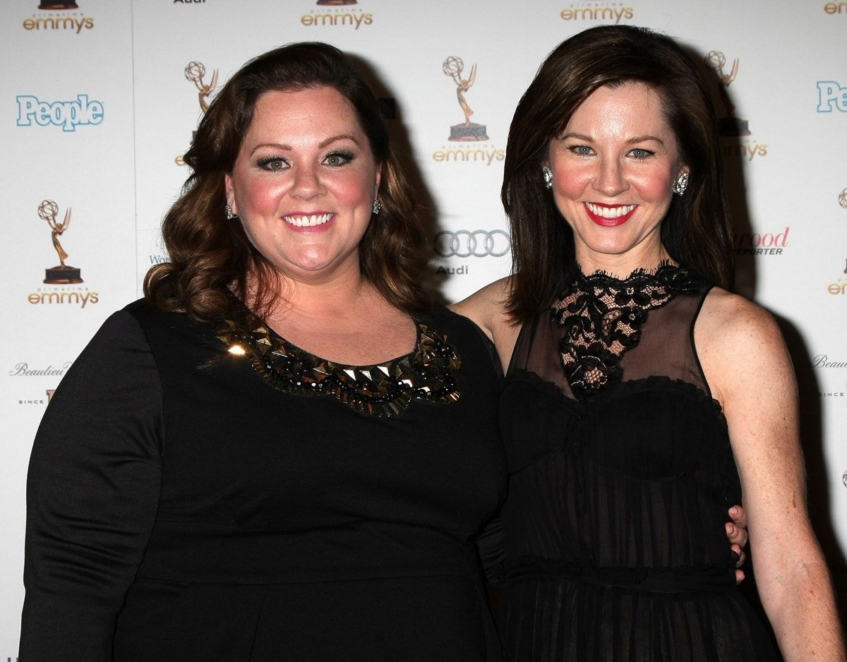 Melissa McCarthy and her older sister Margie McCarthy grew up with their parents on a farm in a small town outside of Chicago