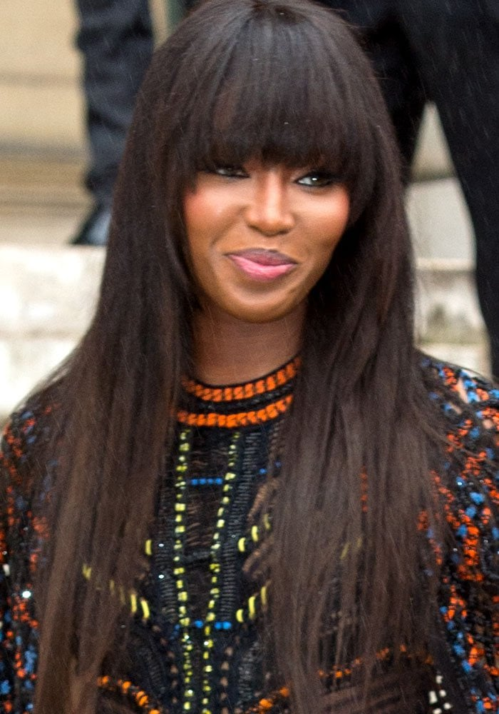 Naomi Campbell PFW Versace Black Pumps 1