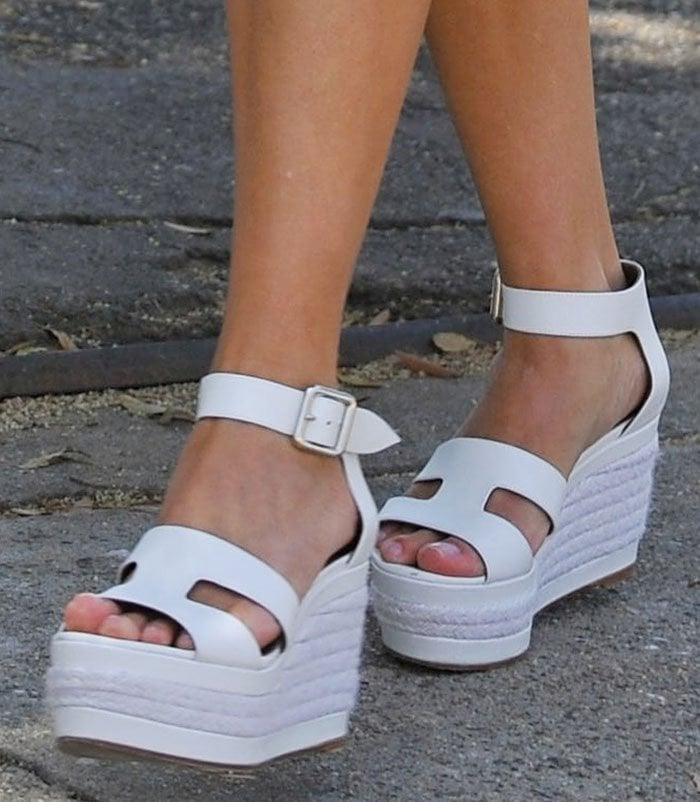 Reese Witherspoon's summery white wedge sandals