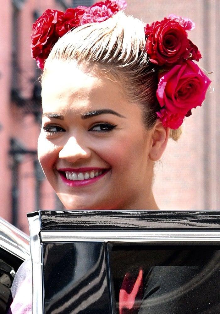 Rita Ora Frida Kahlo Stuart Weitzman 1