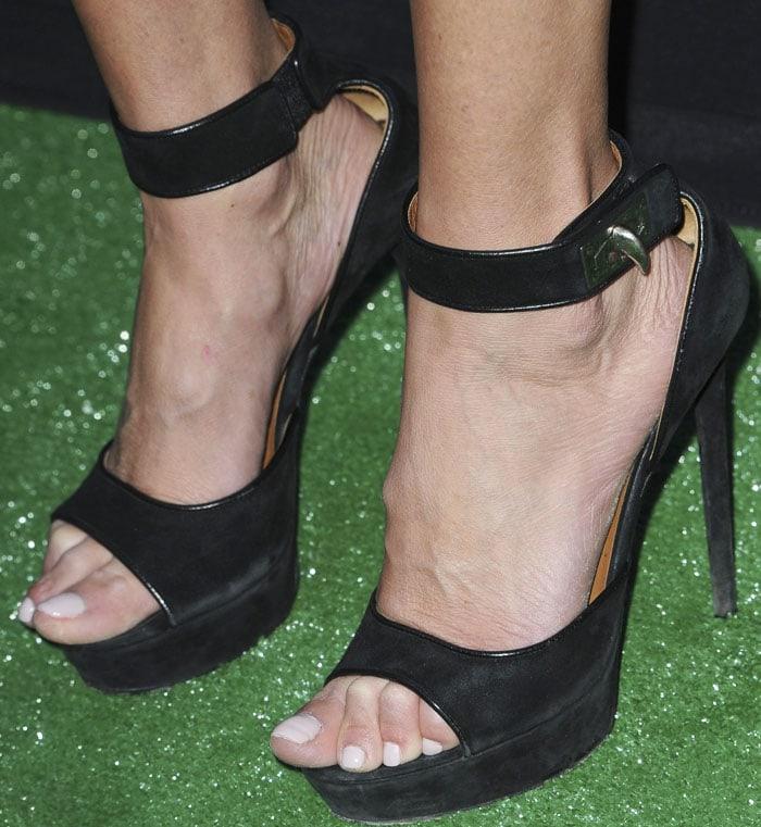 92204b2b57aa Tara Reid Talks  Sharknado  in Givenchy  Shark Lock  Sandals