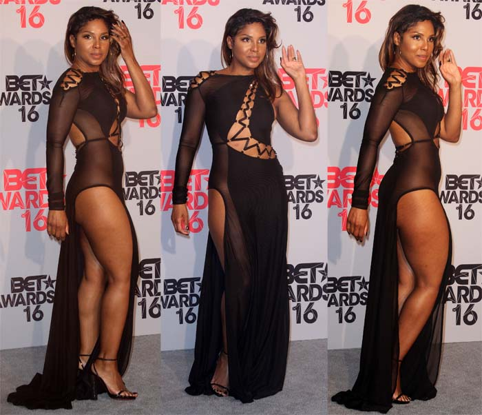 "Toni Braxton in Bao Tranchi's ""Sideways"" gown for the BET Awards"