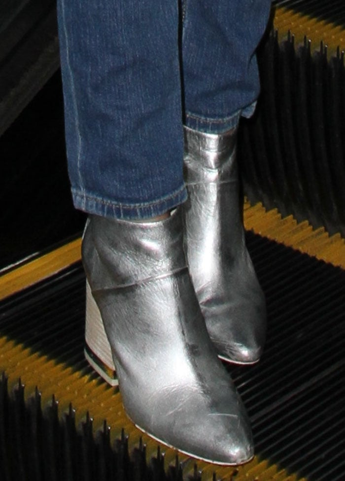 Victoria-Justice-Ash-Indy-Silver-Boots